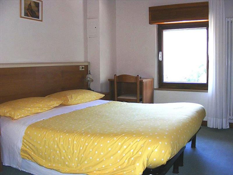 Www Hotels Am Gardasee Mit Reitstall De