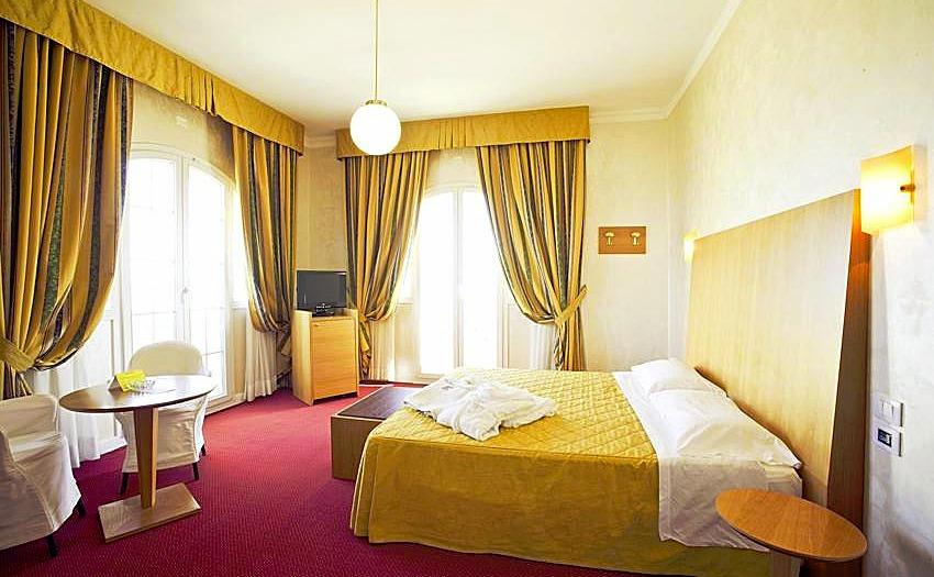 G 252 Nstige Top Hotels In Italien Gardasee Unter Privater